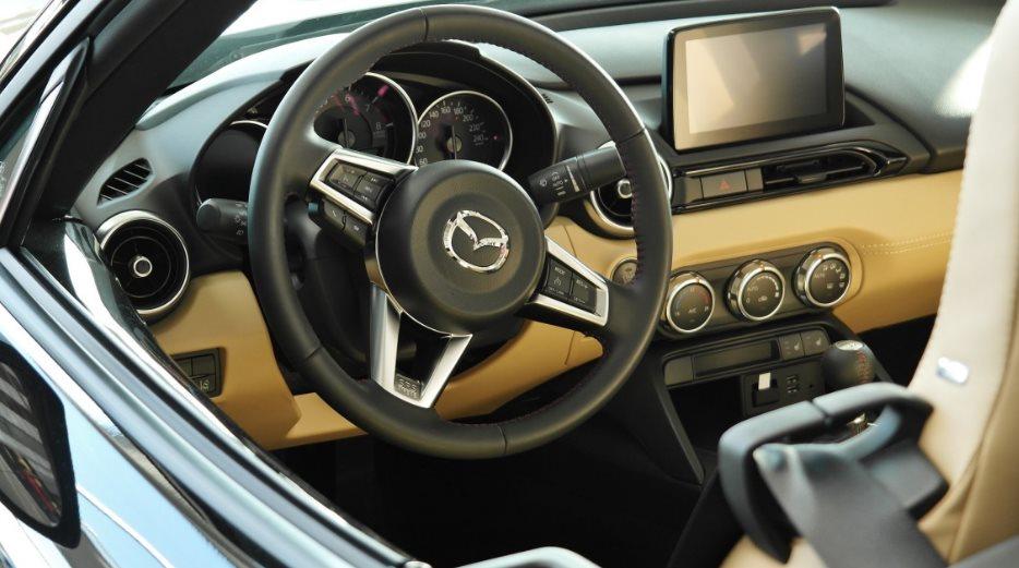 Interesuje nas Mazda 6 w leasingu, lub jakiekolwiek inne auto? – Sprawdź, co warto wiedzieć przed podpisaniem umowy!