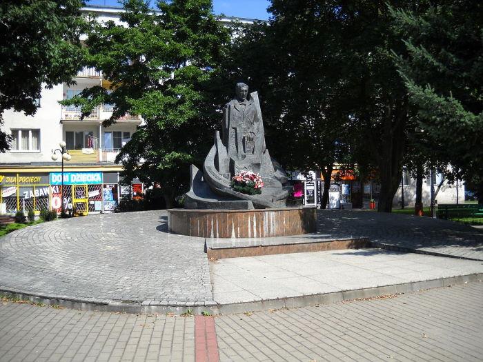 Stalowa Wola:  Oferta kształcenia w szkołach ponadpodstawowych Powiatu Stalowowolskiego